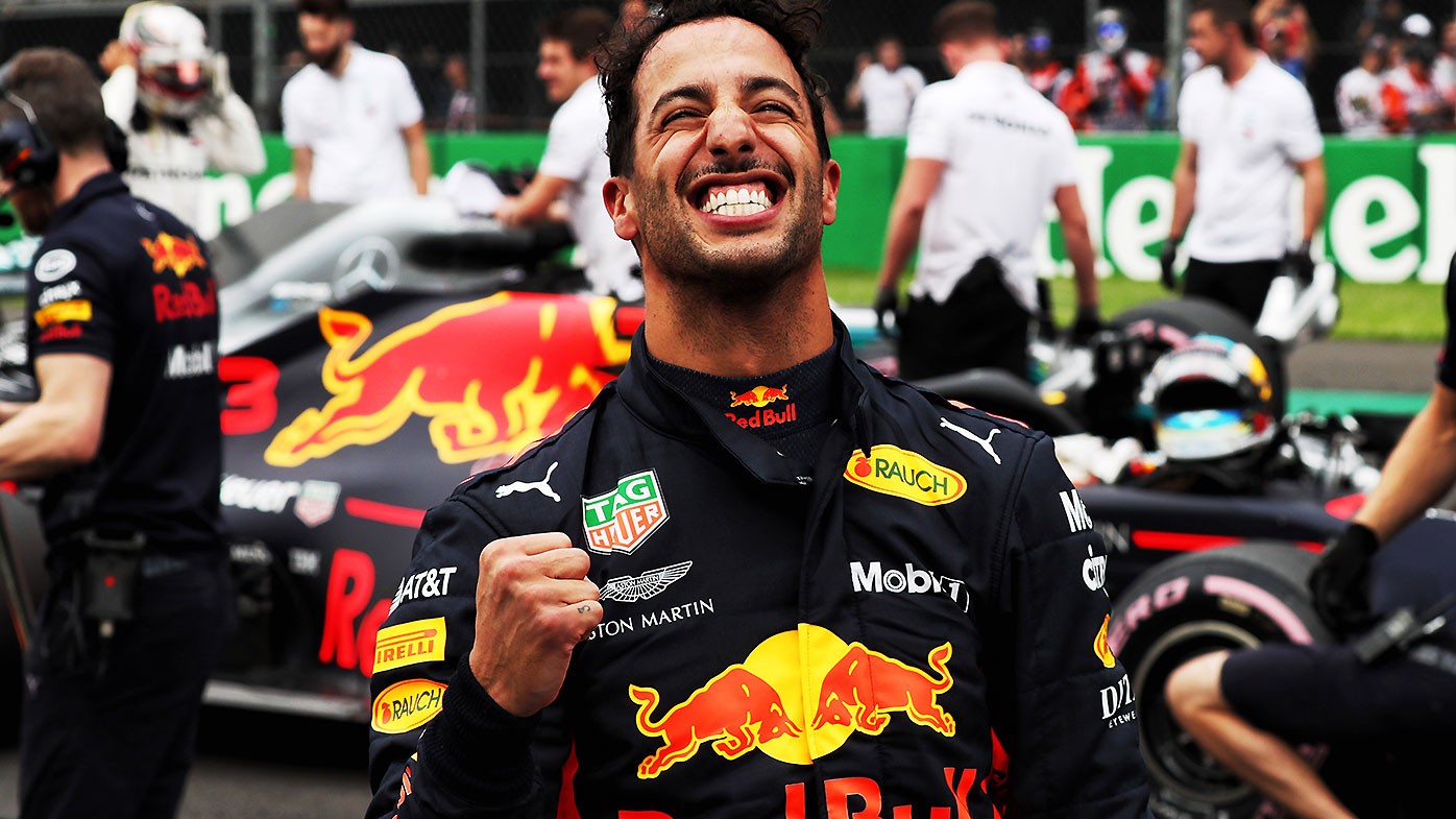 F1 racing star Daniel Ricciardo appears to accuse his team of sabotage