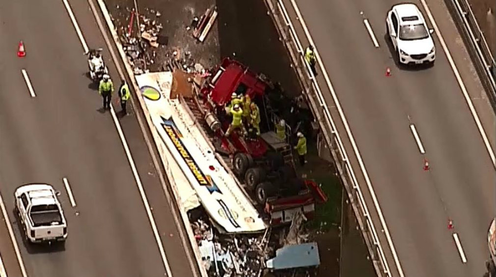 Truck crashes off Logan Motorway south of Brisbane