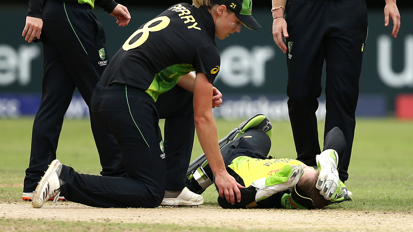 Alyssa Healy hurt