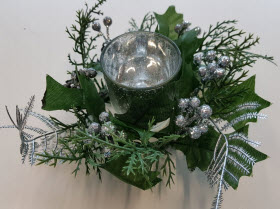 Big W has reissued its recall for thousands of potentially deadly Christmas wreath candle holders.
