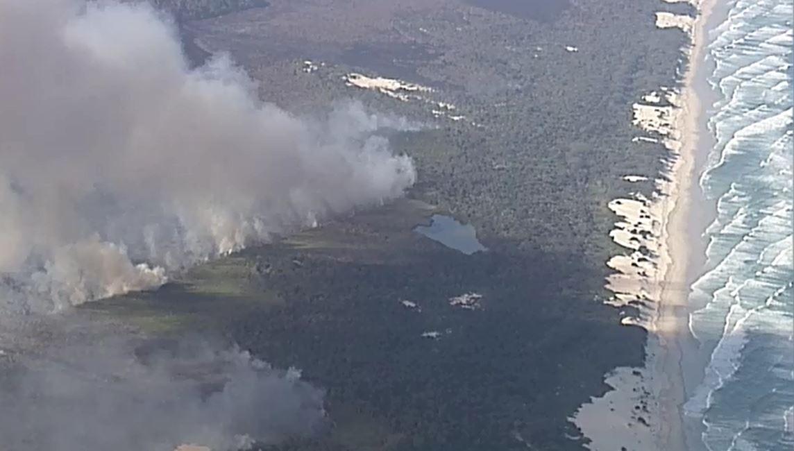 stradbroke island fires 2018