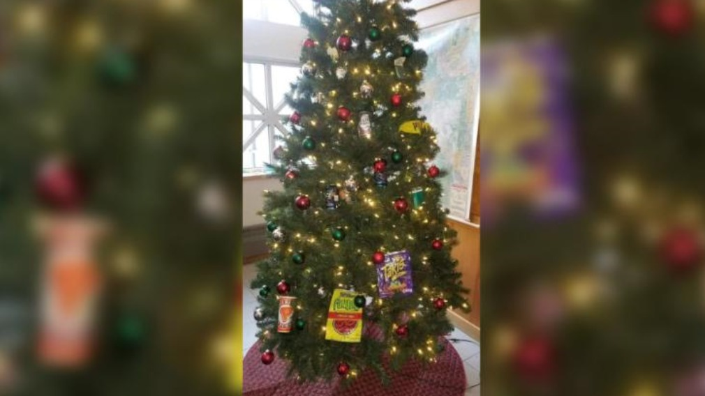 What is 'racist' about this Christmas tree?