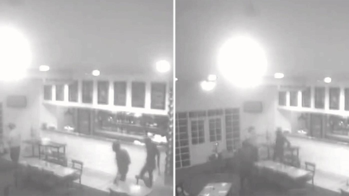 Armed robbers storm Ballarat pub