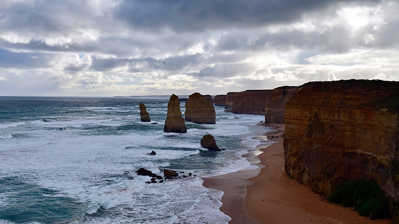 Victoria's famous Great Ocean Road at risk of washing away