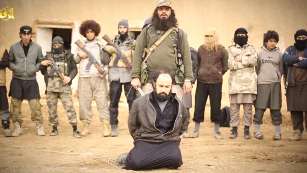 Australian terrorist Khaled Sharrouf 'appears in new ISIL beheading video'