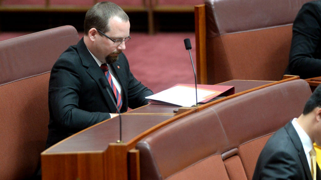 Motoring senator Ricky Muir's sacking of chief of staff a 'private matter'