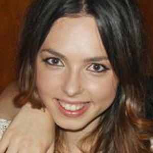 Chloe Ross