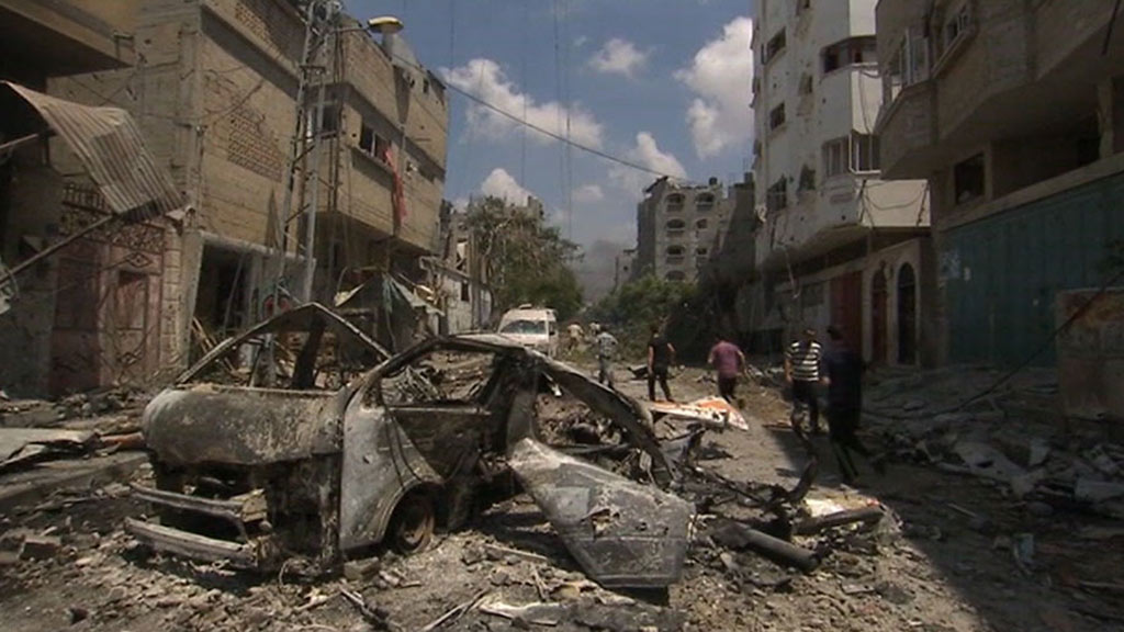 'Scene of absolute death and chaos': touring the aftermath of an Israeli bombardment in eastern Gaza