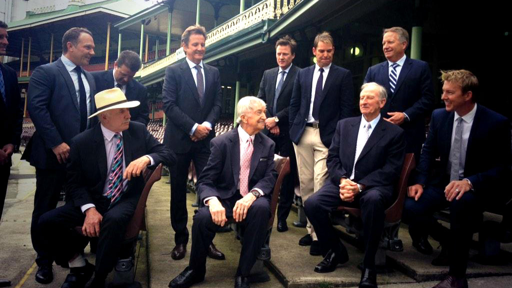 Richie Benaud with the Channel Nine commentary team for 2014/2015. (9NEWS)