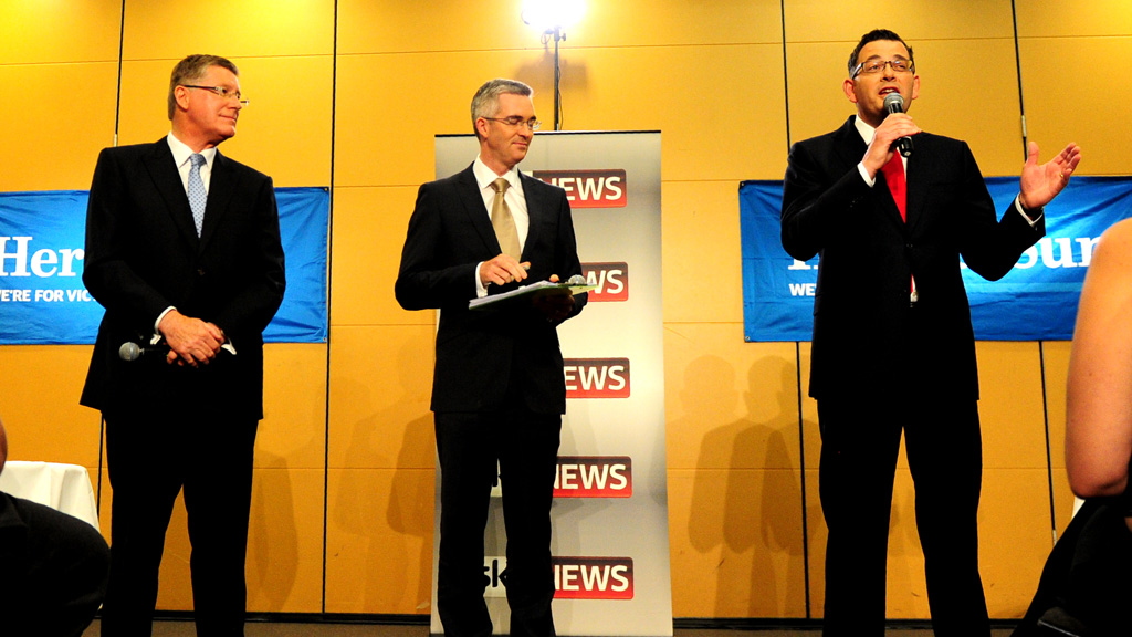 Denis Napthine and Daniel Andrews go head-to-head in ...