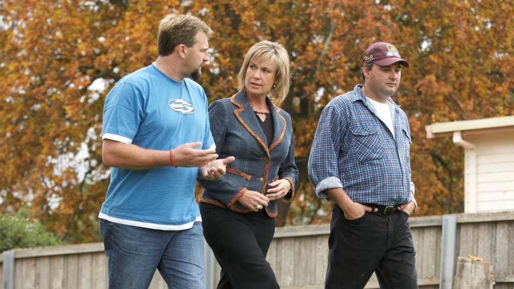 Tracy Grimshaw with Beaconsfield miners Todd Russell and Brant Webb. (9NEWS)