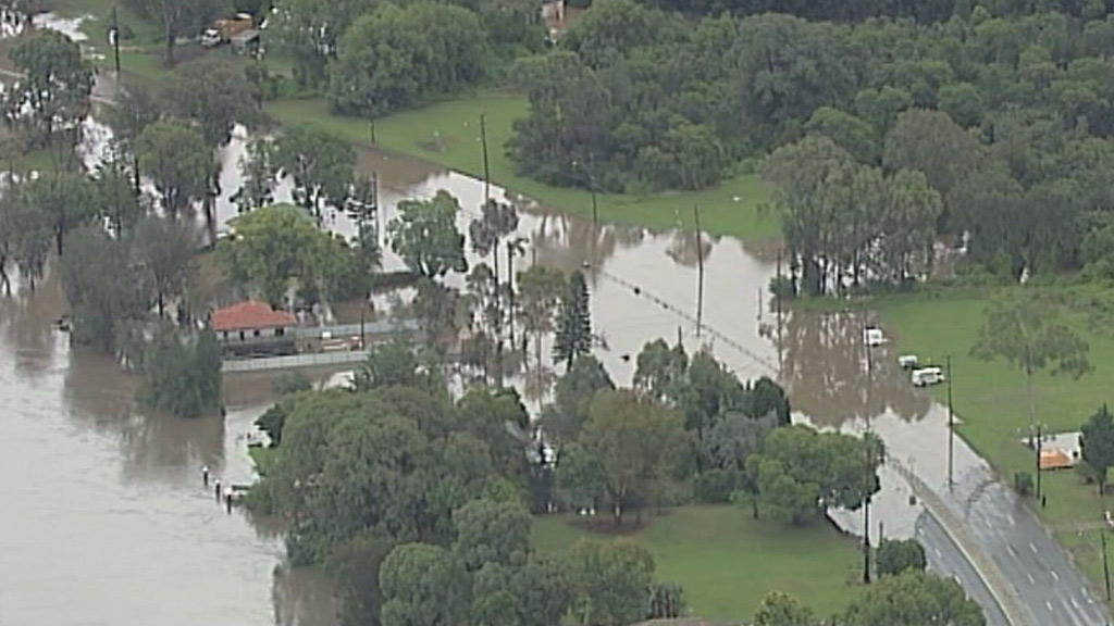 The SES has issued an evacuation order for 200 homes along the river. (9NEWS)