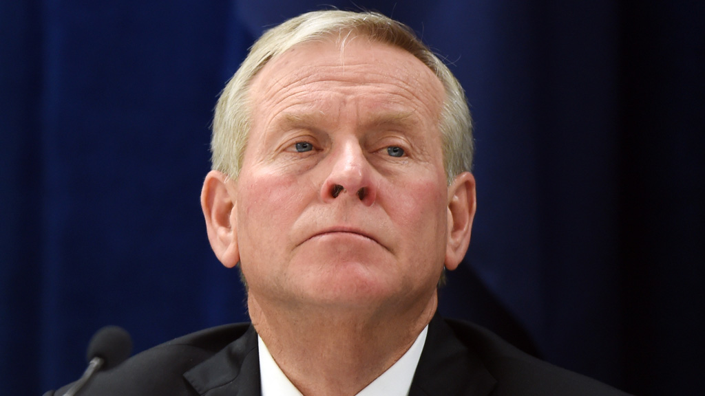 WA Premier Colin Barnett's popularity slides in new poll