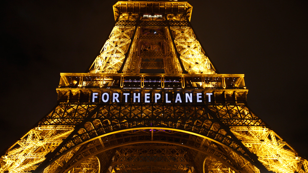 Historic global climate deal reached in Paris