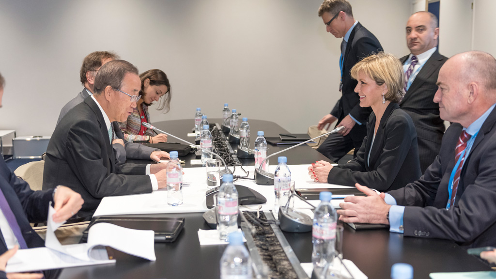 Foreign Minister Julie Bishop meets with Ban Ki-moon, UN Secretary General at the COP21 in Paris. (AAP)
