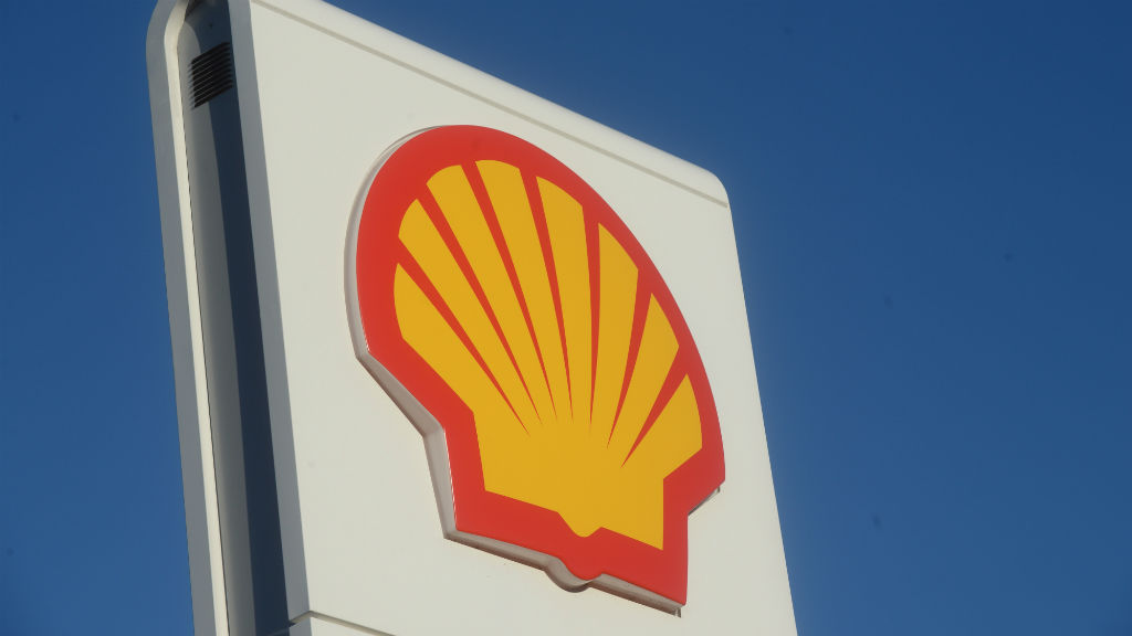 Shell says it will cut 2800 jobs following takeover of smaller rival BG Group
