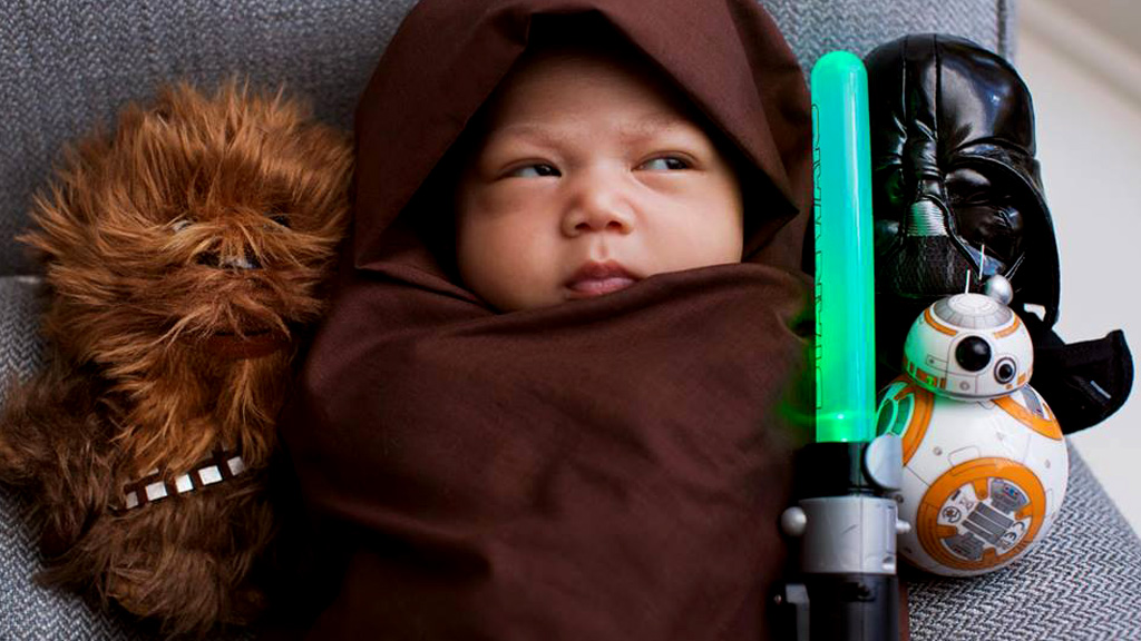 Mark Zuckerberg posts photo of newborn daughter decked out in Star Wars gear