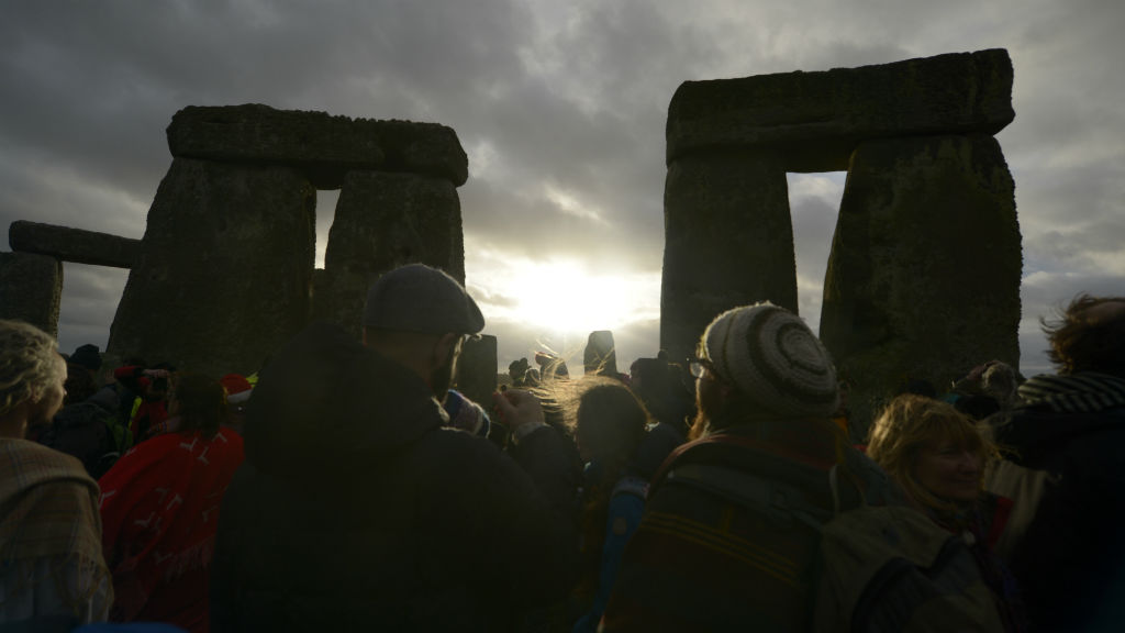 Thousands gather for winter solstice celebrations at Stonehenge