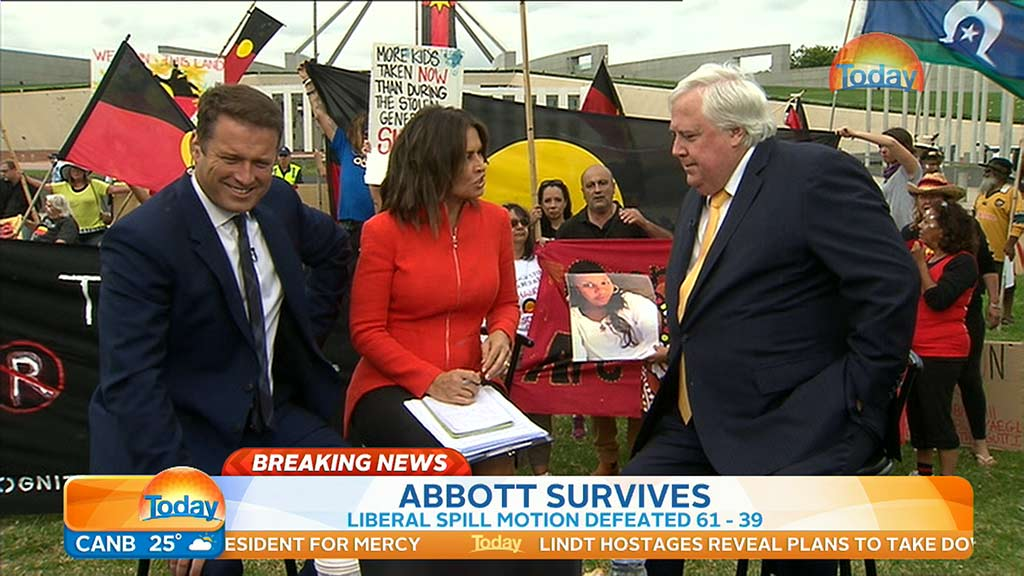 Protesters attempt to derail TODAY Show's Canberra broadcast to bring attention to indigenous deaths in custody