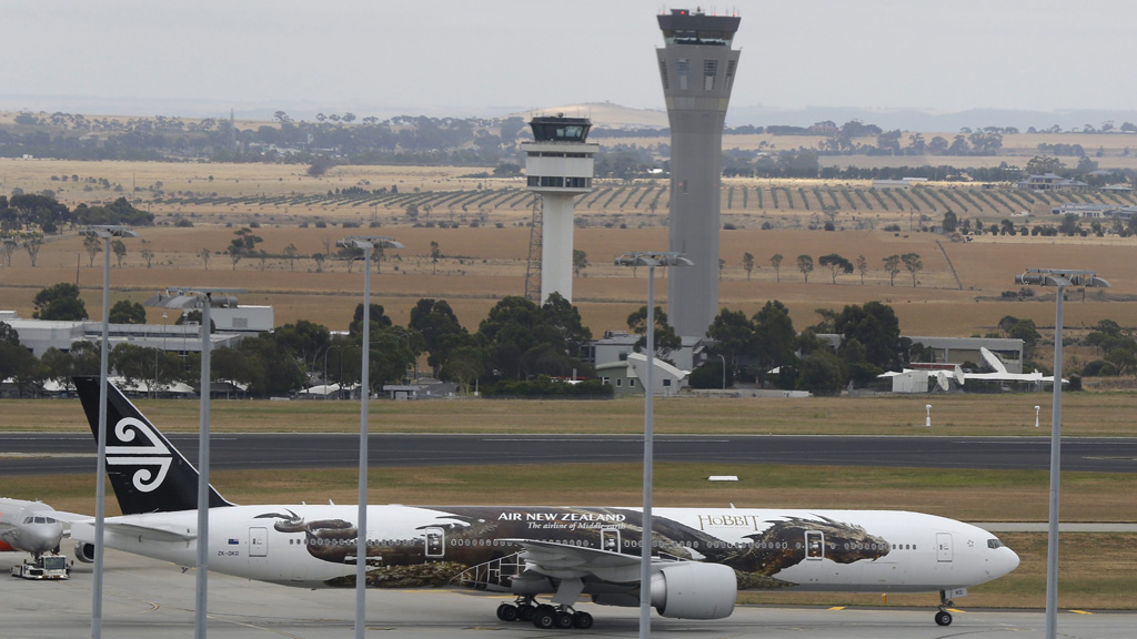 Man charged after allegedly making hoax calls to aircraft at Melbourne airports