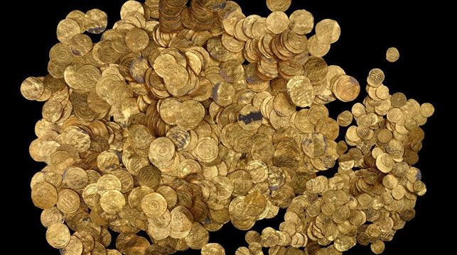 The largest hoard of gold coins found in Israel. (AAP)