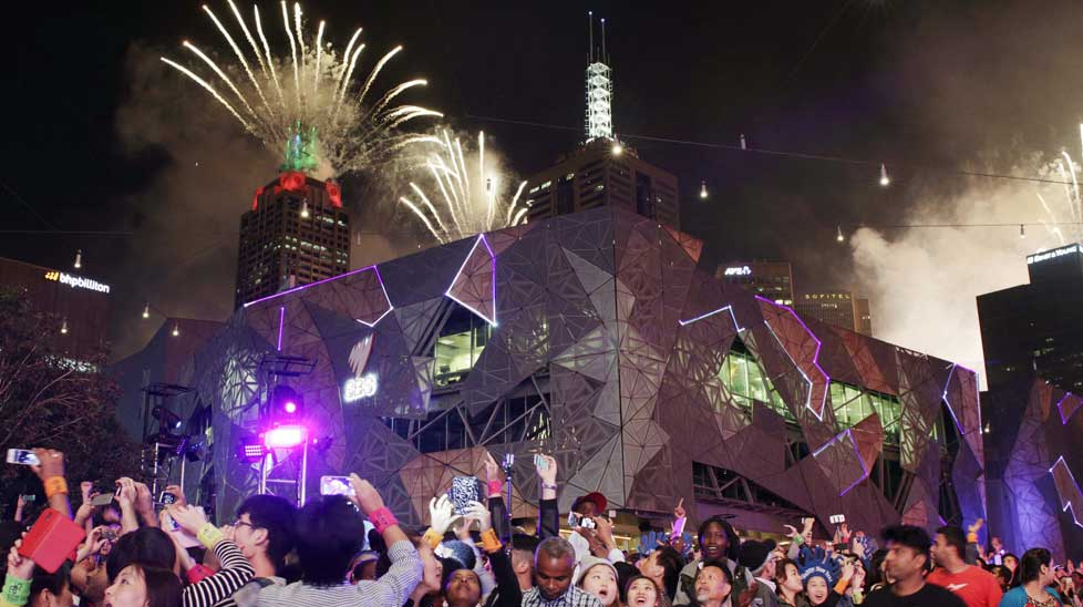 Melbourne to welcome 2017 with a bang