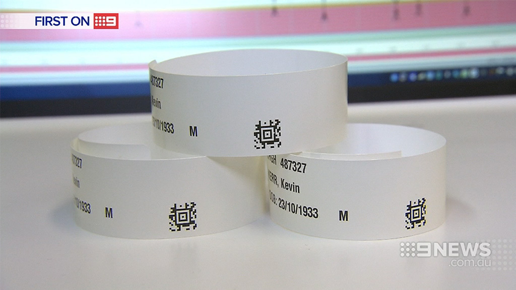 Each of the new wristbands would be equipped with a barcode. (9NEWS)