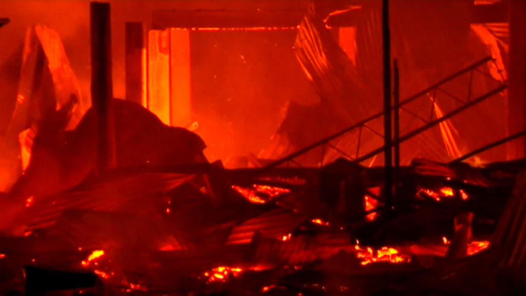 The fire destroyed Gatton's Imperial Hotel. (9NEWS)