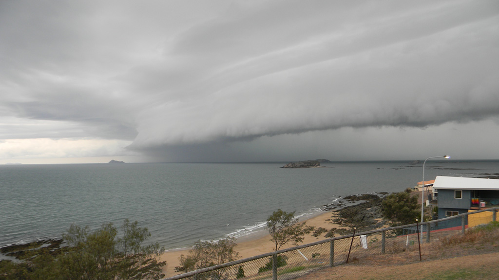 <p>Residents in south-east Queensland have had to run for cover, as golf-ball sized hailstones pelted down along with a severe storm front.</p><p>The storm front approaches Emu Park at 1pm local time. (Supplied, Paul De Sousa Roque)</p><strong>Click through the gallery to see more photos of the storms.</strong>
