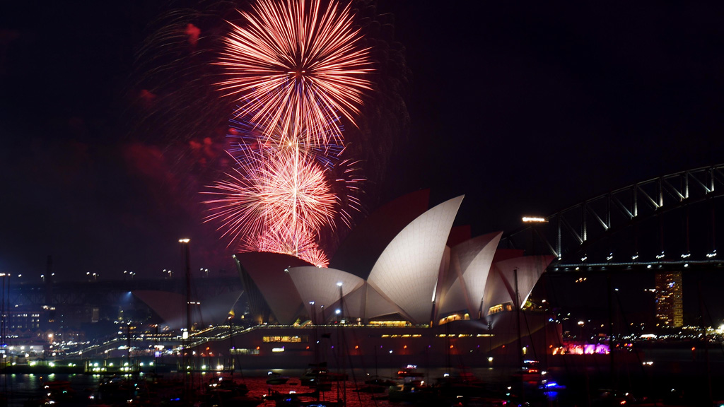 New Year's Eve 2016: Sydney road closures and traffic updates