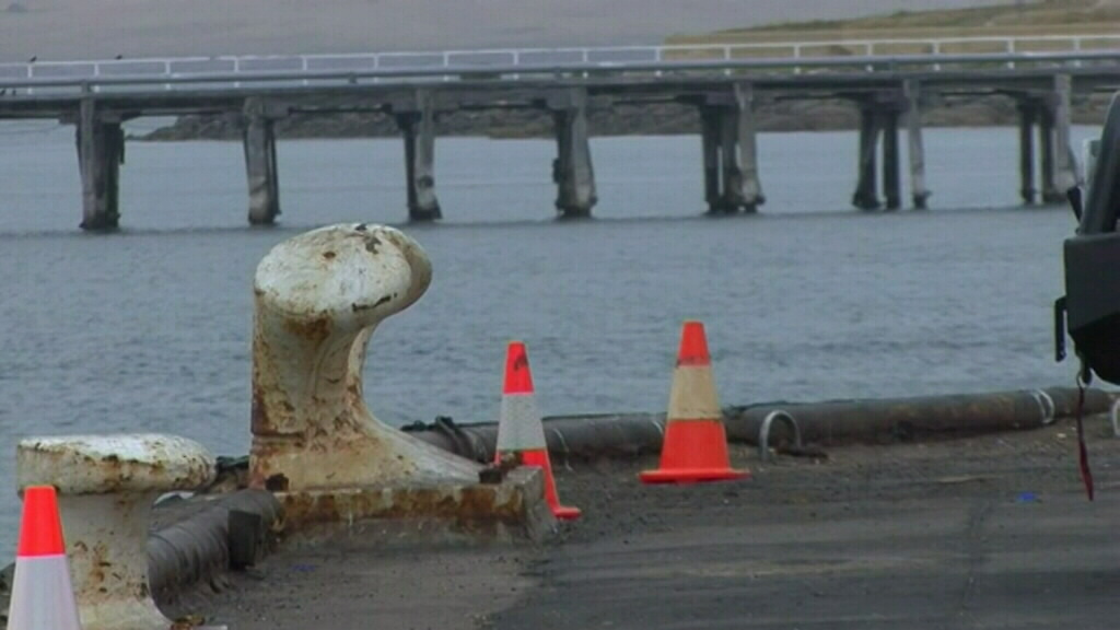 The car is believed to have been submerged in 30m of water. (9NEWS)