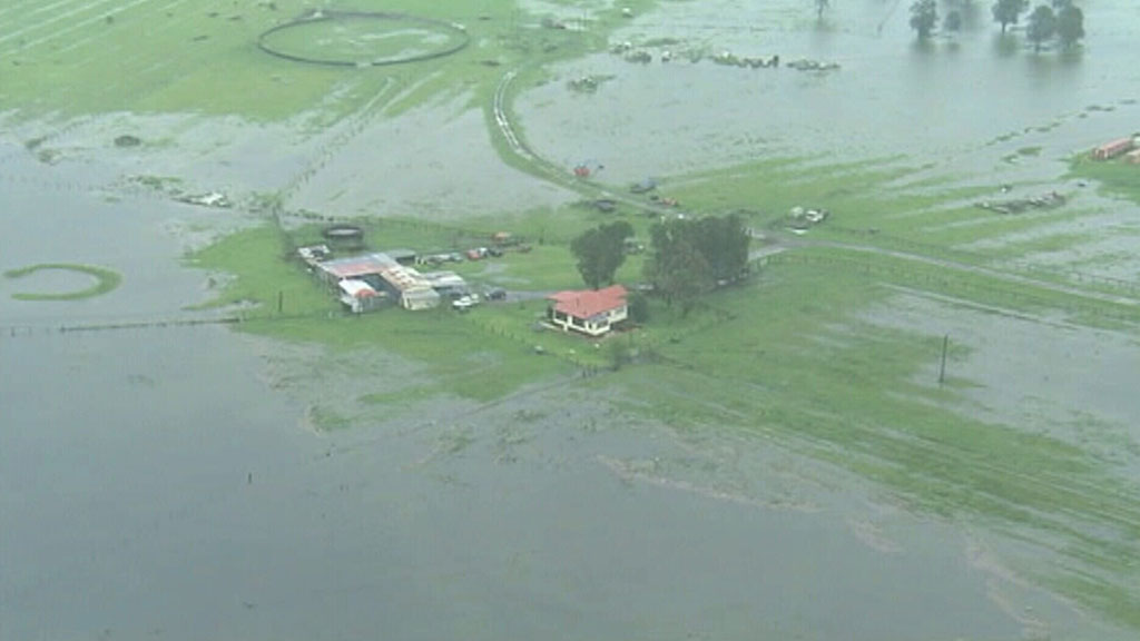 Flash flooding from the rising Williams River prompted an evacuation order. (ABC)