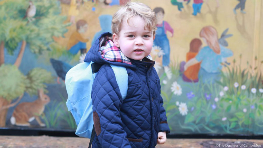 Kate takes photos of Prince George on his first day of school