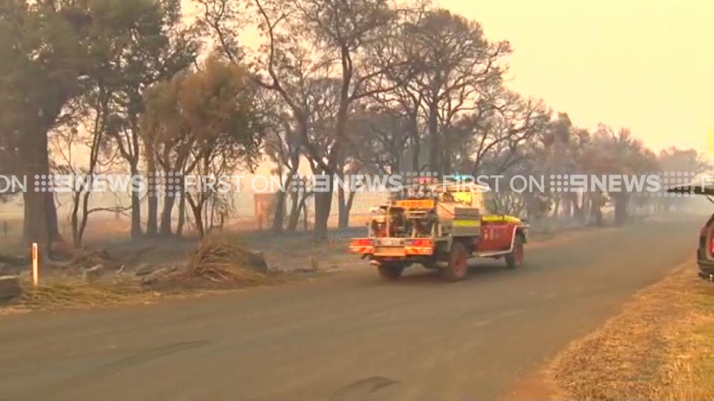 WA bushfires: Town of Harvey evacuated as massive blaze flares up