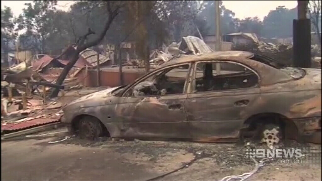 A burnt-out car in Yarloop. (9NEWS)