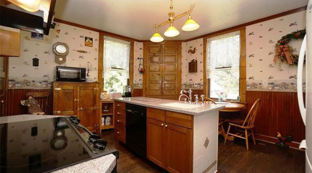 The house's kitchen was another filming location. (Realtor.com)