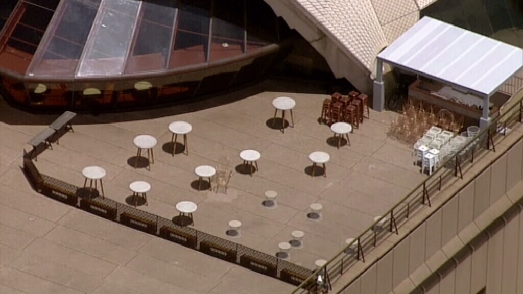 The usually bustling transport hub was left eerily quiet. (9NEWS)