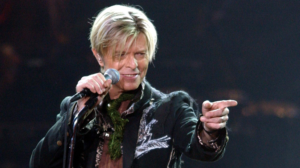 David Bowie reportedly planned posthumous albums, new release expected in 2017