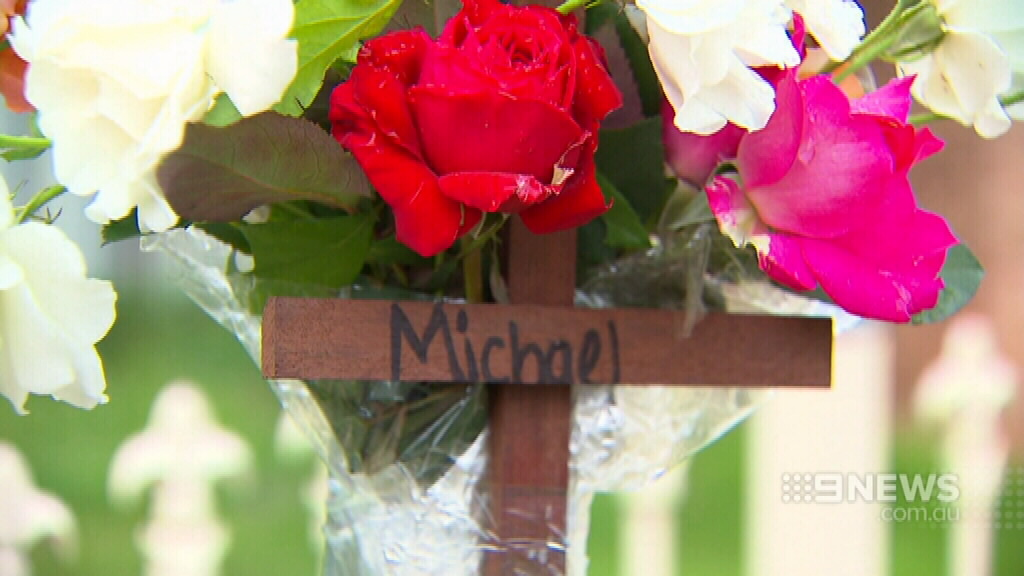 A floral tribute at the scene of the accident. (9NEWS)