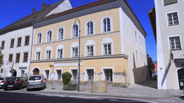 Austrian goverment appears divided on what to do with Hitler's house