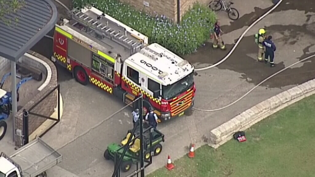 Newington College in Sydney's inner west evacuated after 9kg gas cylinder catches fire