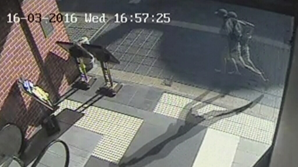 Man steals cash during armed robbery at Parramatta business