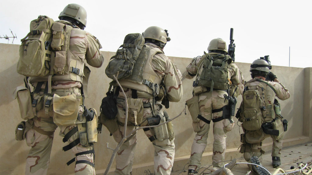 US Navy SEAL killed by Islamic State militants in Iraq
