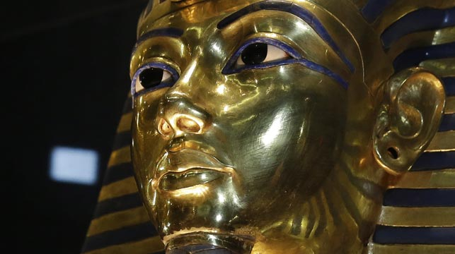 The gold mask of King Tutankhamun. (AAP)