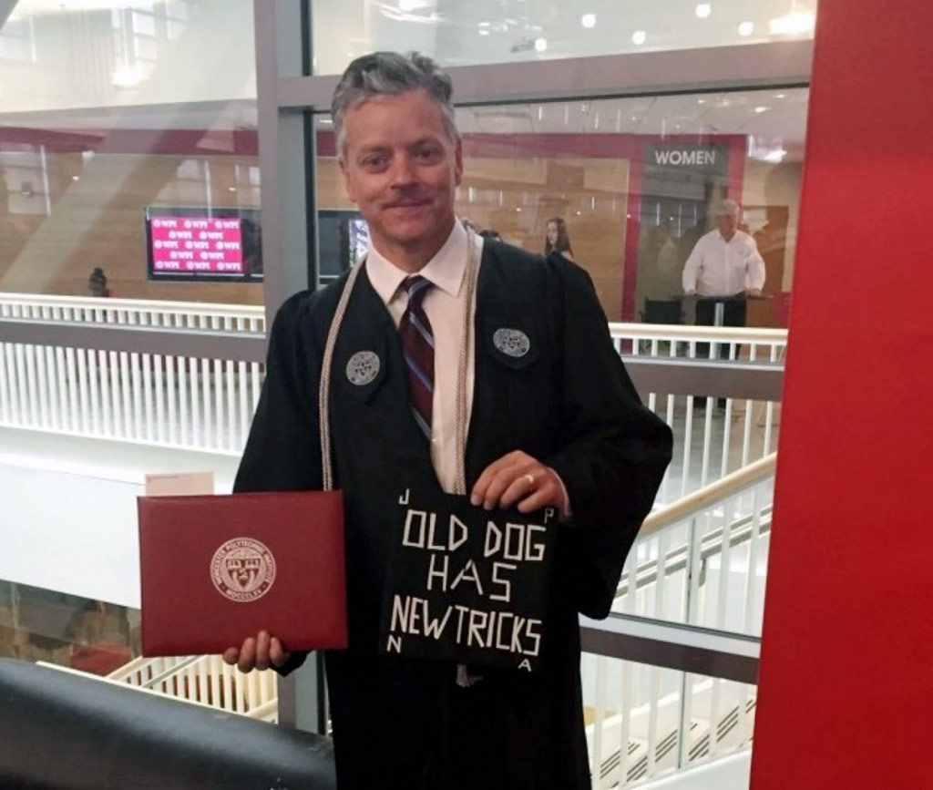 US man graduates from college where he works as a night cleaner