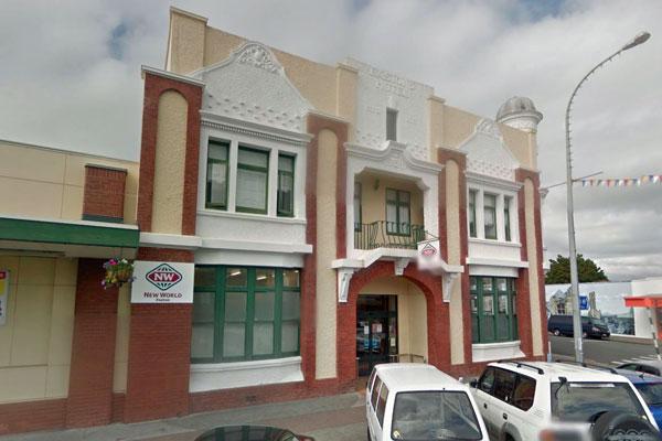 The New World supermarket Jason Davy owns in Foxton (Google Street View)