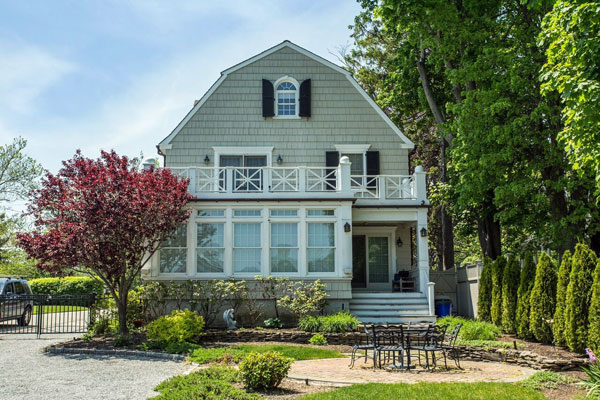 "The ""Amityville Horror"" house back on the market (Coldwell Banker)"