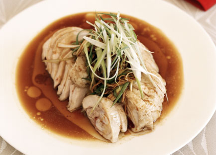 White-cooked chicken with soy and ginger dressing