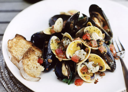 Clams and mussels in crazy water