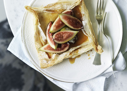 Fig, goat's curd and honey filo tartlets